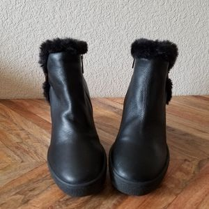 Aquatalia Cameron Faux Fur Wedge Boots Size 7